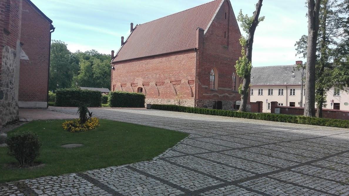 Zespół Poklasztorny Zakonu Kartuzów - Wiecznie głodny mnich w piwnicach kartuskiego refektarza