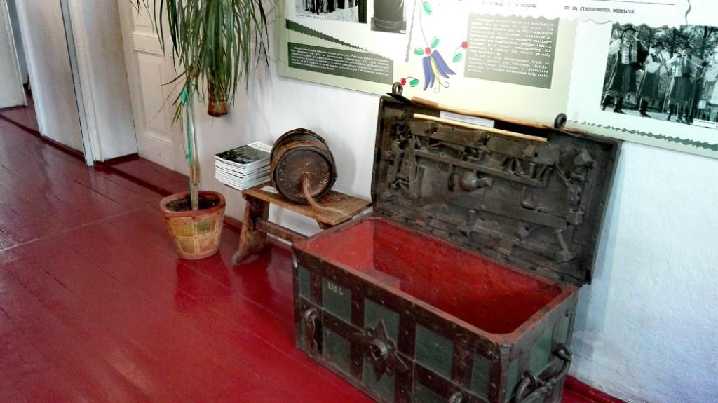 Muzeum Kaszubskie w Kartuzach - burczybas